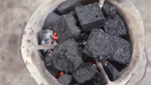 """Résultat de recherche d'images pour """"charbon vert au Niger"""""""